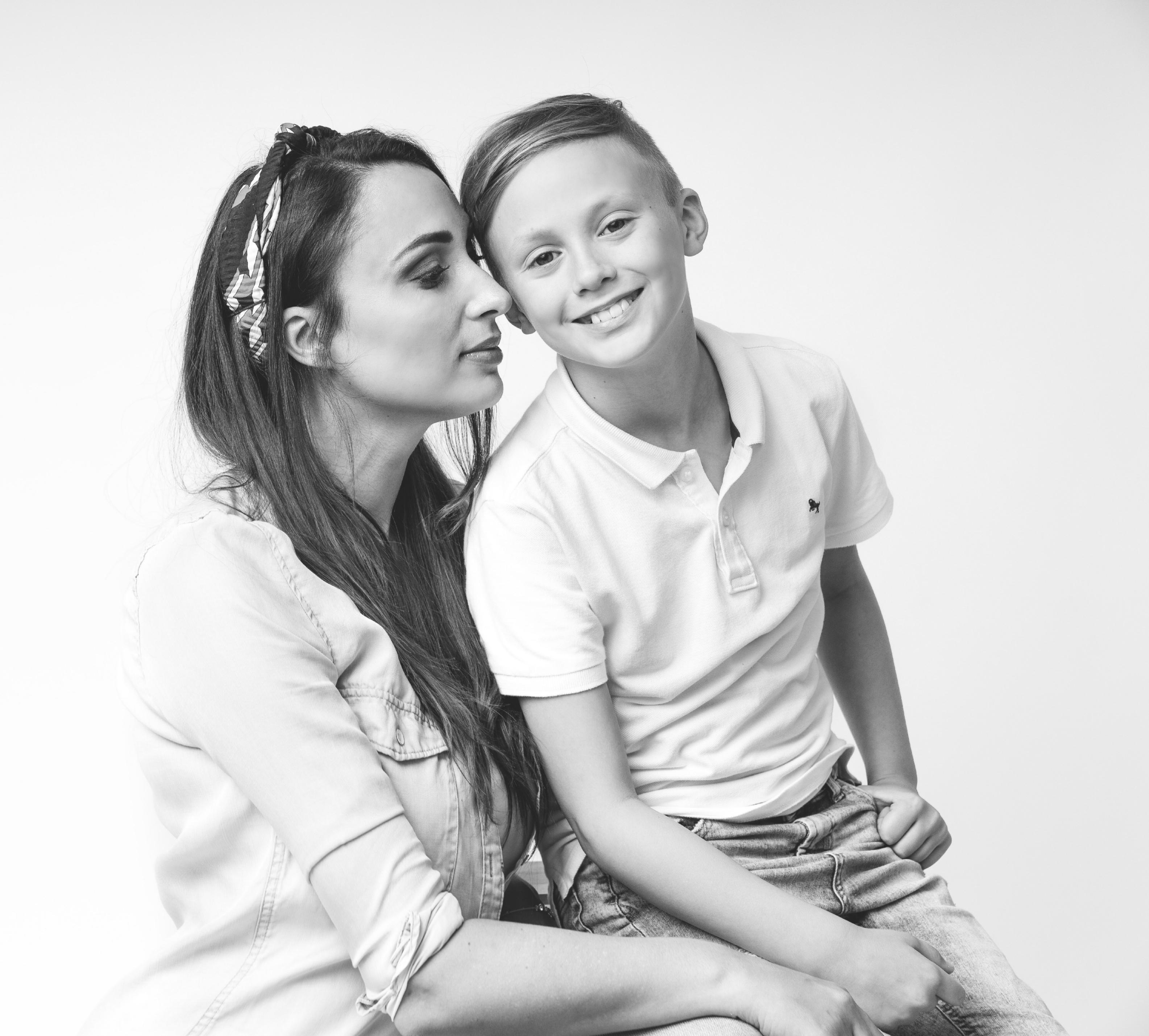 Mounira Mansour en zoon Noah